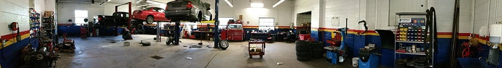 Panaramic of the garage at Town Hill Auto Service  - Auto Repair Service in Bedford PA